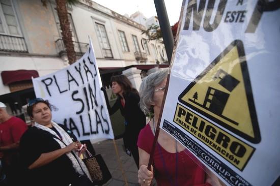 Vecinos protesta las gaviotas