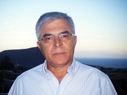 Víctor Pérez empuñó el bastón de mando en el periodo 1986-1992.   DA