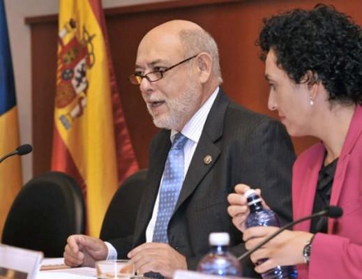 El magistrado del Tribunal Supremo José Manuel Maza, y la fiscal delegada de Delitos Económicos de la Fiscalía de Las Palmas, Evangelina Ríos, inauguraron en Las Palmas de Gran Canaria las II Jornadas de Delincuencia y Blanqueo de Capitales. | DA