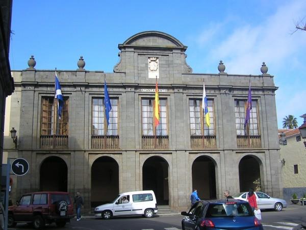 Imagen de archivo de la fachada del Ayuntamiento de La Laguna. | DA