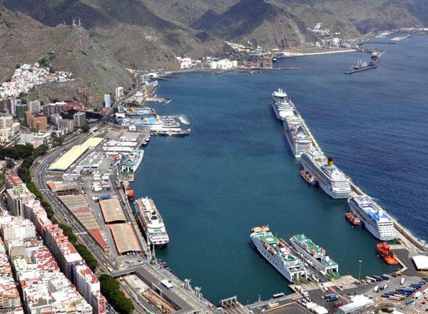 La plataforma del puerto de santa cruz de tenerife exige - Transporte tenerife ...