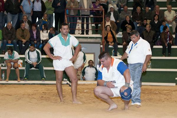 El grancanario Joan Lajo (agachado) militó la temporada pasada en el Brisas del Teide. / DONELIA PÉREZ