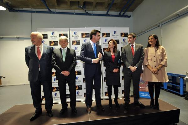 José Luis García, entre José Manuel Soria y Ricardo Melchior durante la inauguración del nuevo centro de FEMETE. | FRAN PALLERO