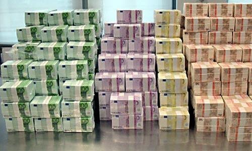 [Imagen: fajo-dinero-euros-billetes.jpg]