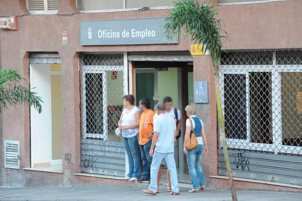 El 89 de los contratos en las islas en lo que va de a o for Oficina de turismo de tenerife