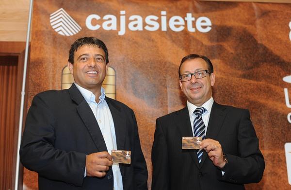 La tarjeta de cajasiete ya realidad diario de avisos for Oficinas cajasiete