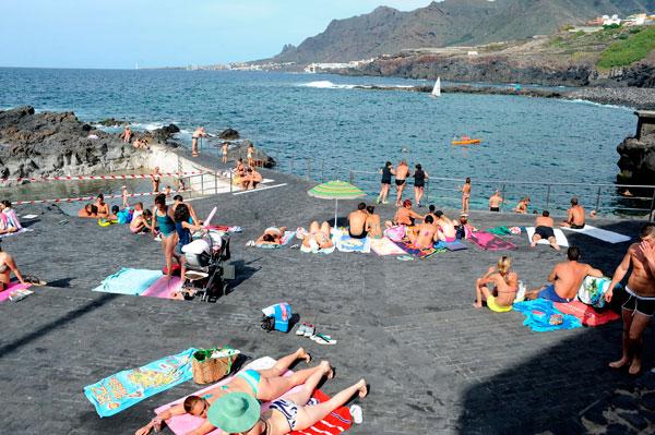 La costa tejinera aguarda a su regularizaci n urban stica for Piscinas naturales jover tenerife