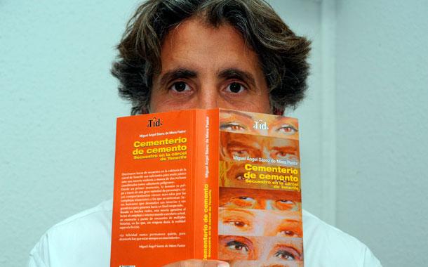 CEMENTERIO DE CEMENTO - MIGUEL ÁNGEL SÁENZ