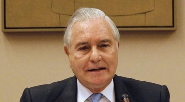 Carlos Dívar renuncia a la indemnización de 208.243 euros que solicitó