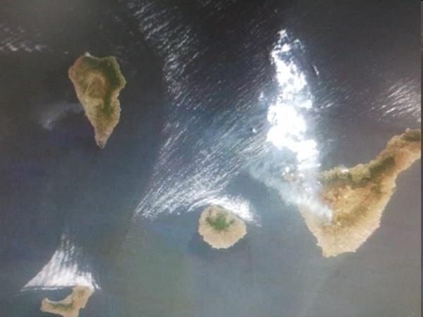 Vista satelital del incendio en  el sur de Tenerife. | DA
