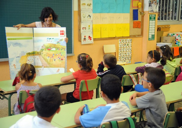Los centros de Primaria perderán profesores en 2012-2013