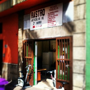 De compras de 2 mano por la laguna diario de avisos for Rastro muebles online