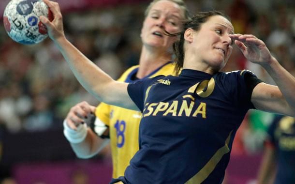 España acaricia los cuartos de final en balonmano femenino tras ...