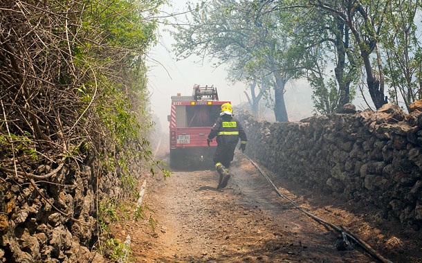 INCENDIO FORESTAL BOMBEROS INCENDIO LA PALMA TACANDE