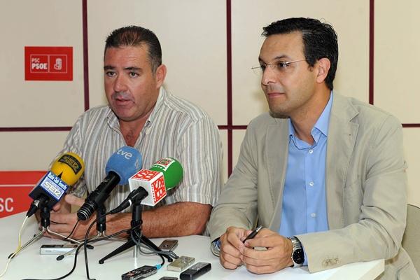 Manuel Fumero (izquierda) y Manuel González PSOE