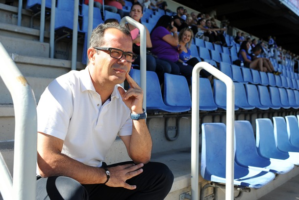 Álvaro Cervera entrenador CD Tenerife en el Heliodoro Rodriguez Lopez