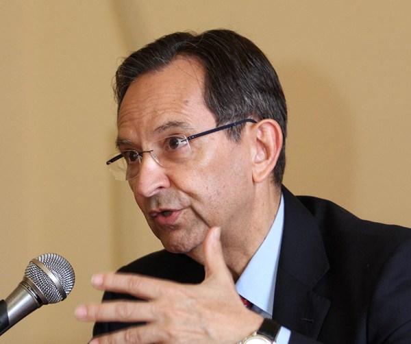 Conferencia Antonio Castro
