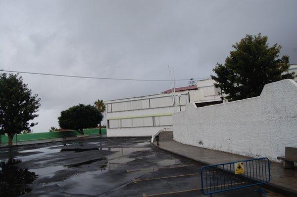 fachada del ceip la vera, puerto de la cruz.JPG