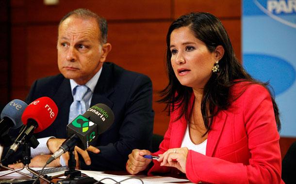 Los diputados del PP Jorge Rodríguez y Aurora del Rosario
