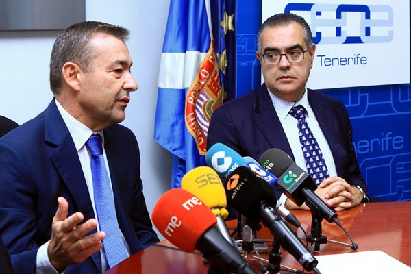 Paulino Rivero, y José Carlos Francisco, presidente de la CEOE