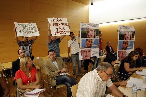 Protesta Pleno Cabildo de Tenerife