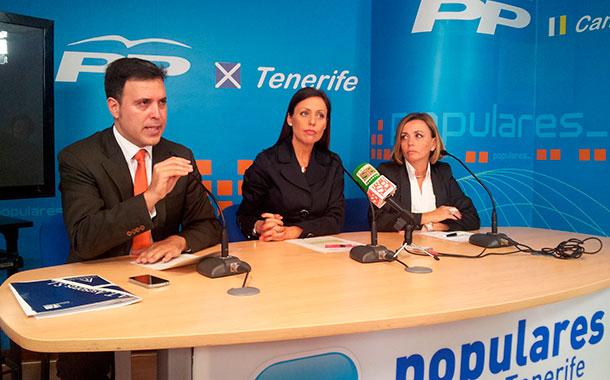 Alexis Oliva, Cristina Tavío y Ana Zurita
