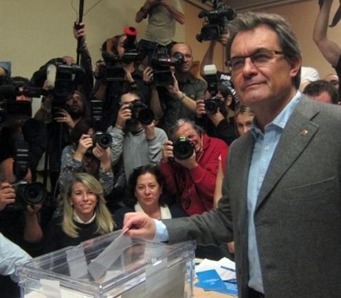 Artur Mas vota