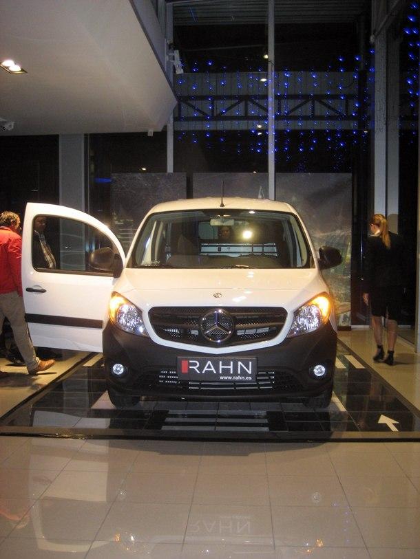 Citan nueva furgoneta ligera de Mercedes-Benz