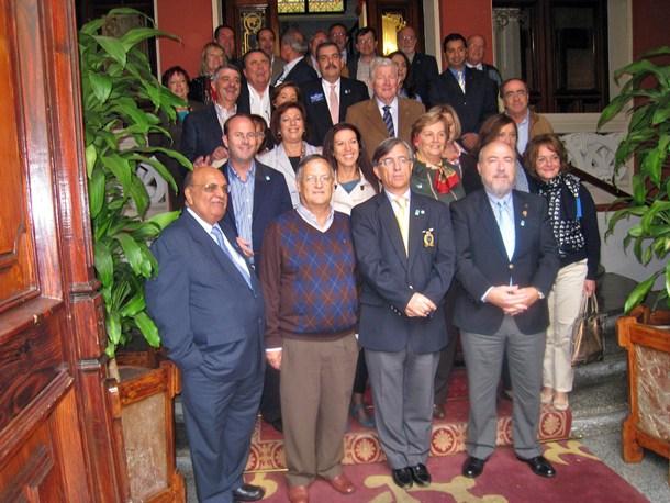 José Ramón Echevarría en el Casino de La Laguna con todos los clubes rotarios canarios