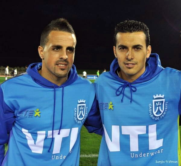 Vitolo y Pedro Rodriguez Triangular Benefico Amigos de Vitolo