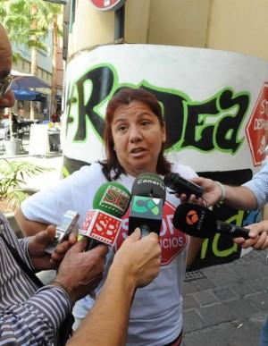 jg huelga de hambre por desahucio delante de bancaja 1  5-11-201