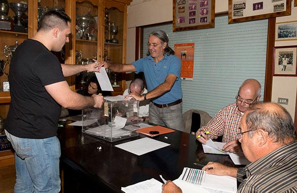Elecciones Federación Lucha Canaria Tenerife (DONELIA PÉREZ)