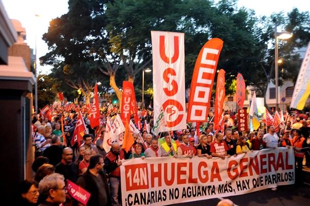 Manifestacion Santa Cruz de Tenerife sindicatos cabecera jg