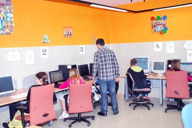 taller formativo informatica jovenes estudiantes Tacoronte