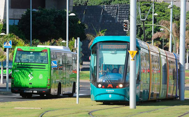 Transporte Tenerife - Tranvía y guagua
