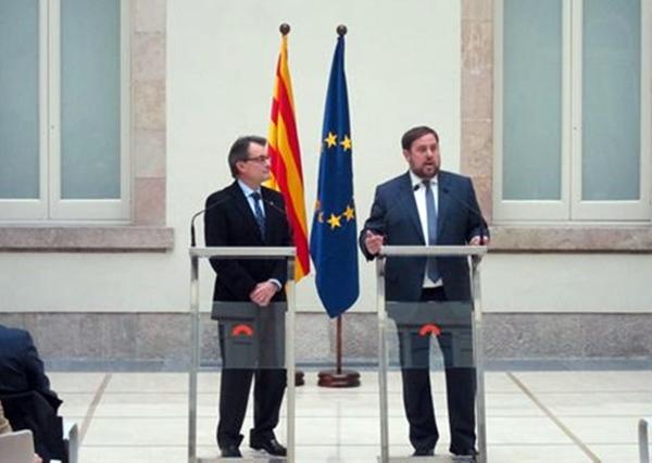 presidente en funciones Generalitat Artur Mas CiU y el lider de ERC Oriol Junqueras