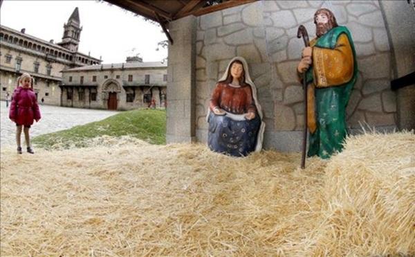 Belen Santiago de Compostela sin niño Jesús