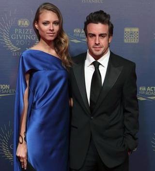Fernando Alonso y Dasha Kapustina