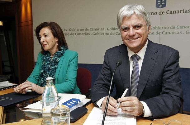 JOSÉ MIGUEL PÉREZ Y MARGARITA RAMOS PRESENTACIÓN DEL PLAN CANARIO DE FORMACIÓN PROFESIONAL