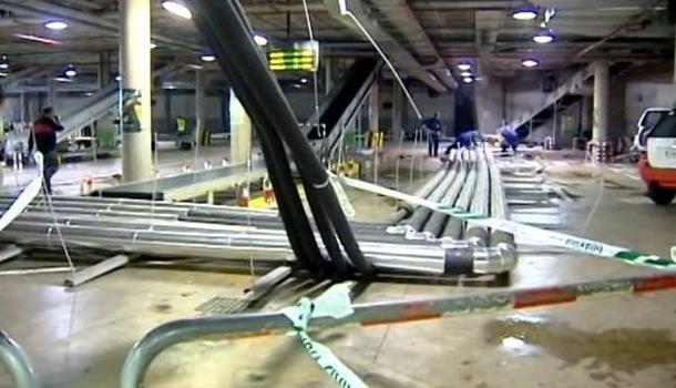 Aeropuerto de Los Rodeos caida tubos aire acondicionado