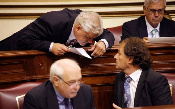 Alpidio Armas-Parlamento canario