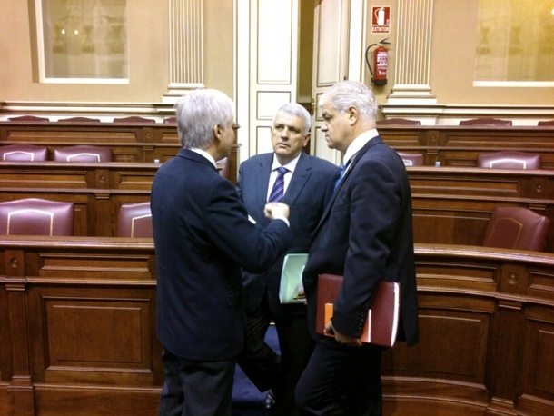 cumbre PSOE tras Presupuestos José Miguel Pérez Alpidio Armas y Manuel Marcos