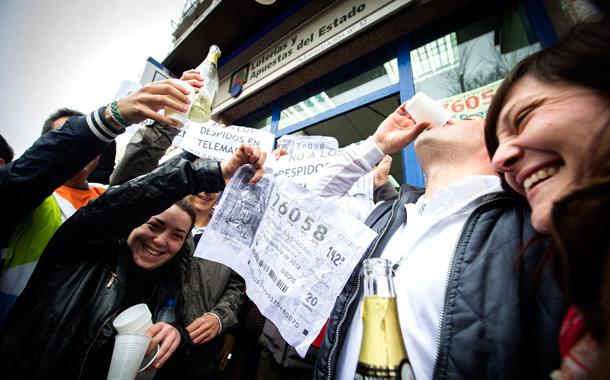 Lotería Navidad 2012 - El Gordo cae en Alcalá de Henares