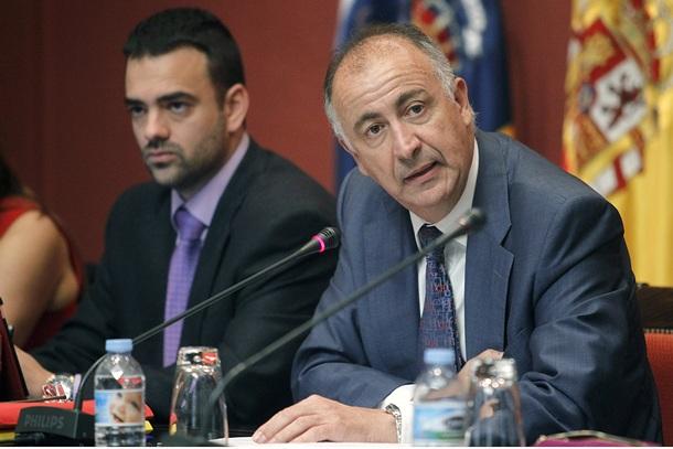 El consejero de Presidencia Francisco Hernández Spínola y el director general de Función Pública Aarón Afonso