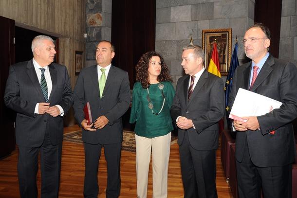 Paulino Rivero y PSOE pacto por Canarias