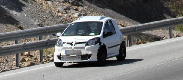 El posible nuevo For Two, otro de los prototipos que ruedan en Tenerife. | DA