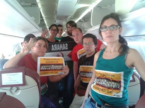 Nueve activistas tinerfeños han sido retenidos en el aeropuerto de El Aaiún. / DA