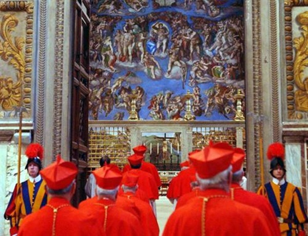 Cónclave cardenalicio que eligió a Benedicto XVI. | E.P.