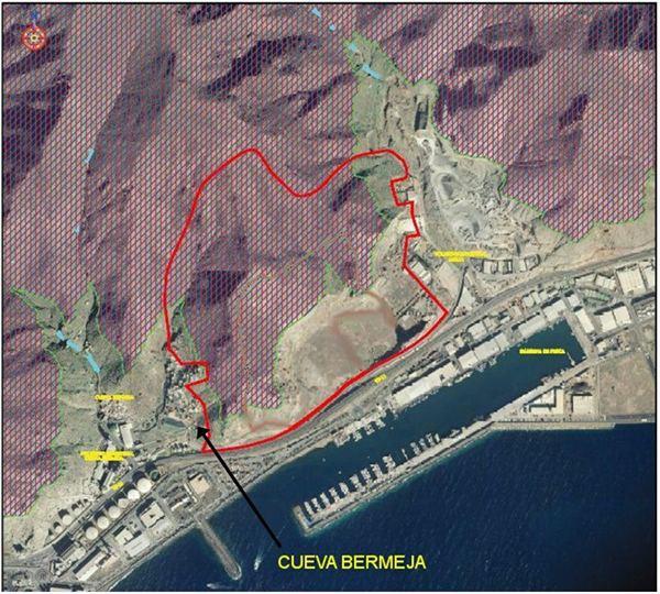 El proyecto pretende recuperar el paisaje degradado por la cantera. | DA