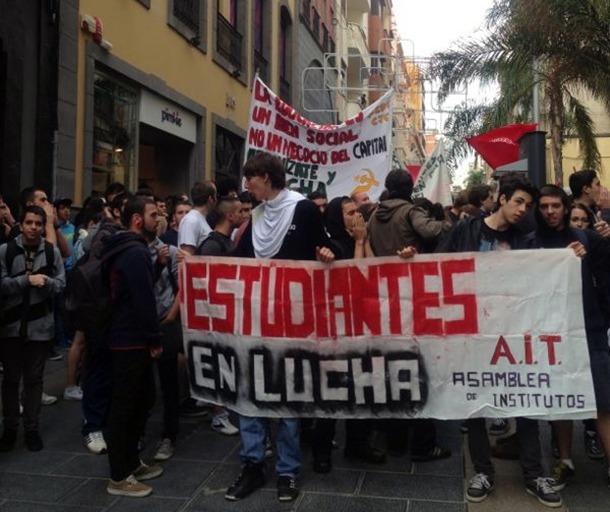 Los estudiantes salen a la calle en el segundo día de protestas. | S.E.